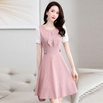 Dress Summer 2020 Pink, yellow, blue M L XL XXL XXXL Mid length dress singleton  Short sleeve commute Crew neck middle-waisted Dot Socket A-line skirt routine Others 18-24 years old Type A Meng Jia Xian Yi lady Stitching zipper MJQY20X-0616-08 More than 95% other polyester fiber Polyester 100%