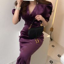 Dress Spring 2020 Purple, black S,M,L Mid length dress singleton  Long sleeves commute V-neck Solid color Socket puff sleeve Others 18-24 years old Korean version 71% (inclusive) - 80% (inclusive)