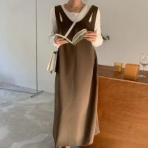 Dress Spring 2021 Black, coffee Average size Mid length dress singleton  Sleeveless commute V-neck Solid color Socket straps 18-24 years old Korean version 71% (inclusive) - 80% (inclusive)