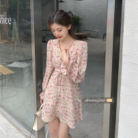 Dress Spring 2021 Retro apricot top, oil painting green top, retro apricot dress, oil painting green dress S. M, average size Mid length dress singleton  Long sleeves commute V-neck High waist Broken flowers Socket A-line skirt puff sleeve Others 18-24 years old Type A Other / other Korean version