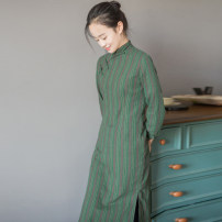 cheongsam Autumn of 2019 S,M,L,XL Blue, green, red three quarter sleeve long cheongsam ethnic style Low slit daily Oblique lapel stripe 25-35 years old Piping Yu Xiang cotton 96% and above