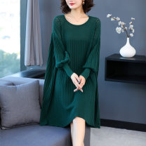 Middle aged and old women's wear Spring 2021 Green coffee black M L XL XXL XXXL 4XL 5XL commute Dress easy singleton  Solid color 40-49 years old Socket moderate Crew neck Medium length routine Wise and clear polyester Viscose (viscose) 44.5% polyester 30.5% polyamide (nylon) 25% longuette
