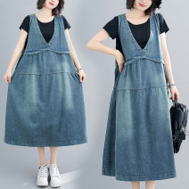 Women's large Summer 2020 blue M [100-130 Jin], l [130-150 Jin], XL [150-170 Jin], XXL [170-200 Jin] Dress singleton  commute easy moderate Socket Sleeveless Solid color literature V-neck Denim Make old Other / other 51% (inclusive) - 70% (inclusive) Medium length other