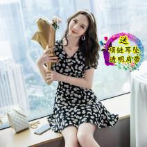 Dress Summer 2021 Daisy dress S,M,L,XL Short skirt singleton  Short sleeve commute V-neck Decor zipper Ruffle Skirt puff sleeve Others 18-24 years old Korean version Splicing 81% (inclusive) - 90% (inclusive) other other