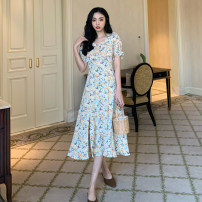 Dress Summer 2021 Broken flowers S,M,L Mid length dress singleton  Short sleeve commute V-neck High waist Broken flowers Socket A-line skirt routine Others 18-24 years old Type A Other / other Korean version W0418 30% and below other other