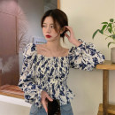 shirt Blue, gray, pink Average size Spring 2021 other 30% and below Long sleeves commute Short style (40cm < length ≤ 50cm) square neck Socket pagoda sleeve Broken flowers 18-24 years old Self cultivation Korean version