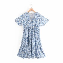 Dress Summer of 2019 As shown in the figure S,M,L Mid length dress street V-neck High waist 18-24 years old 81% (inclusive) - 90% (inclusive) Europe and America