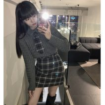 woolen coat Winter 2020 Average size Black coat , Plaid skirt s , Grey sweater and tie , Plaid Skirt M other 31% (inclusive) - 50% (inclusive) Medium length Long sleeves commute Single breasted routine One word collar Solid color Straight cylinder Korean version sixty-one thousand and seventy-six #