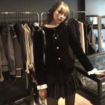 Fashion suit Winter 2020 Average size Black cotton jacket, velvet skirt 18-25 years old 51% (inclusive) - 70% (inclusive) cotton