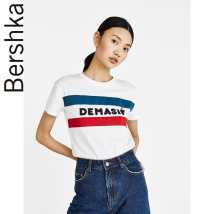 T-shirt white XS (160/80A)S (165/84A)M (170/88A)L (175/96A) Autumn of 2018 Short sleeve Crew neck Self cultivation Regular routine street 25-29 years old Geometric letters solid Bershka 07693900250-23 Cotton 100% Same model in shopping mall (sold online and offline) Europe and America