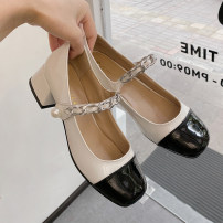 Low top shoes 35,36,37,38,39 The south is in the south White, silver Round head PU Flat bottom Middle heel (3-5cm) Shallow mouth PU Spring 2021 Velcro Korean version Adhesive shoes Youth (18-40 years old) Solid color Composite bottom Mary Jane shoes Roman style PU daily