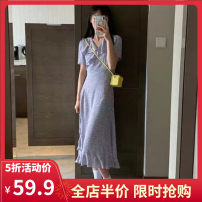 Women's large Summer 2021 S M L XL 2XL 3XL 4XL Dress singleton  commute Straight cylinder moderate Socket Short sleeve Broken flowers Korean version V-neck routine Yifengweier 18-24 years old Medium length Polyester 100% Pure e-commerce (online only) other