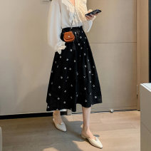 skirt Summer 2021 S,M,L,XL Black, white Mid length dress commute High waist Umbrella skirt lattice Type A 18-24 years old 71% (inclusive) - 80% (inclusive) cotton Embroidery, pockets, stitching Retro