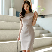 Dress Summer 2020 grey S,M,L,XL Middle-skirt singleton  Sleeveless commute Crew neck middle-waisted Solid color zipper One pace skirt Others 25-29 years old Type X Korean version Panel, zipper