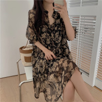 Women's large Summer 2021, spring 2021 Decor shirt Two piece set commute easy moderate Socket Short sleeve Plant flower lady V-neck Medium length Polyester, cotton Three dimensional cutting puff sleeve fungus 81% (inclusive) - 90% (inclusive) other Lotus leaf edge