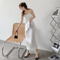 Dress Autumn 2020 White, gold, black S,M,L longuette singleton  Sleeveless commute Crew neck Loose waist Solid color Socket Pleated skirt routine camisole 18-24 years old Type H Simplicity 81% (inclusive) - 90% (inclusive) Silk and satin polyester fiber
