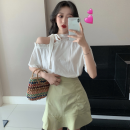 Fashion suit Summer 2021 S. M, l, average size White T-shirt, red T-shirt, green skirt, white skirt 18-25 years old Four point five 31% (inclusive) - 50% (inclusive)