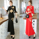 cheongsam Autumn 2020 S,M,L,XL,2XL Red, black three quarter sleeve long cheongsam Retro High slit banquet Straight front Embroidery