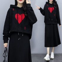 Women's large Spring 2020, winter 2020, autumn 2020, spring 2021 Black spring and autumn, spring and autumn suit, black spring suit, embroidered spring and autumn suit Other oversize styles Two piece set commute Long sleeves Korean version Hood Three dimensional cutting routine Medium length