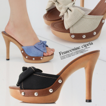 slipper 35 is too small, 36 is too small, 37 is too small, 38 is too small, 39 is too small, 40 is too small, one is too big Other / other Beige blue black Fine heel Super high heel (over 8cm) Multi material splicing Summer 2017 daily Sweet Adhesive shoes Youth (18-40 years old) Solid color Denim