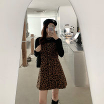 Women's large Spring 2021 Picture color Large, 3XL, 4XL, large Other oversize styles Two piece set commute Self cultivation moderate Socket Long sleeves Korean version Crew neck Three dimensional cutting Mr. Zhang 25-29 years old Button Medium length