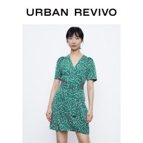 Dress Autumn 2020 Green printing XS S M L XL Short skirt singleton  Short sleeve V-neck middle-waisted other routine 25-29 years old UR More than 95% polyester fiber Polyester 100% Same model in shopping mall (sold online and offline)