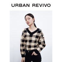 Wool knitwear Autumn 2020 XS S M L XL Long sleeves Viscose 51% (inclusive) - 70% (inclusive) Medium length Socket 25-29 years old UR Viscose (viscose) 51% polyester 31% polyamide (nylon) 18% Same model in shopping mall (sold online and offline)