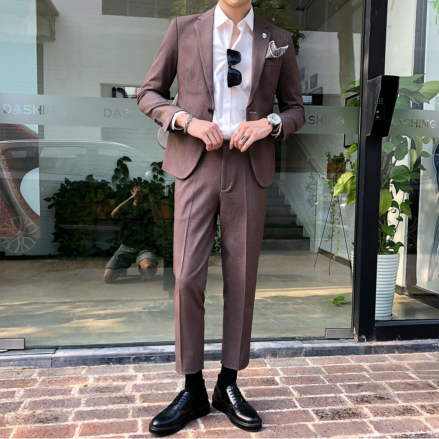 Suit Youth fashion Others Khaki light grey black dark grey lotus root M (suit pants) l (suit pants) XL (suit pants) XXL (suit pants) XXL (suit pants) two piece suit + pants pants are trousers routine Back middle slit Flat lapel autumn Self cultivation A single breasted button Other leisure youth 2018