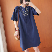 Dress Summer 2021 dark blue M [95-120 Jin], l [120-140 Jin], XL [140-160 Jin], 2XL [160-180 Jin] Middle-skirt singleton  Short sleeve commute V-neck Loose waist Solid color A-line skirt routine Others Type A Retro Embroidery, pocket 71% (inclusive) - 80% (inclusive) cotton
