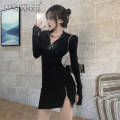 Dress Spring 2021 White, black S,M,L,XL Short skirt singleton  Long sleeves commute V-neck High waist Solid color Socket Pencil skirt routine 18-24 years old Type H Luo qianxu Retro Splicing 82-42 51% (inclusive) - 70% (inclusive) knitting polyester fiber