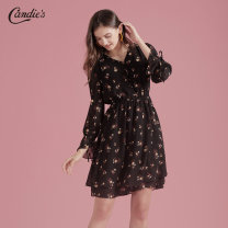 Dress Autumn of 2019 Mixed color printing S M L Middle-skirt singleton  Long sleeves commute V-neck High waist Decor other Pleated skirt Lotus leaf sleeve 25-29 years old Type X CANDIE'S lady More than 95% polyester fiber Polyester 100% Same model in shopping mall (sold online and offline)
