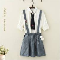 skirt Spring of 2019 Average size Navy, purple Short skirt Sweet Natural waist Strapless skirt Animal design Type A 18-24 years old 51% (inclusive) - 70% (inclusive) other cotton Embroidery, buttons Mori