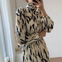 Dress Autumn 2020 White, black, khaki Average size longuette singleton  Long sleeves commute stand collar High waist routine 18-24 years old Korean version 31% (inclusive) - 50% (inclusive) polyester fiber