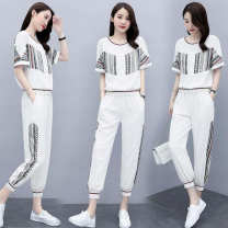 Women's large Spring 2021, summer 2021 T-shirt Two piece set commute easy moderate Socket Short sleeve Korean version Crew neck routine polyester fiber routine 25-29 years old 91% (inclusive) - 95% (inclusive) Ninth pants