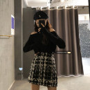 Fashion suit Spring 2021 Look at the options Black T-shirt, plaid skirt s, plaid body M 18-25 years old 30% and below