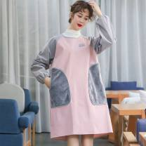 apron Light green, pink, bear (random color) Sleeve apron waterproof Household cleaning CSKCSZY-000012 public no