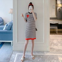 Dress Other / other gules Average size Korean version Short sleeve Medium length summer Crew neck stripe Pure cotton (95% and above) ZF93149