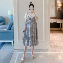 Dress Other / other Blue grey M,L,XL,XXL Korean version Short sleeve Medium length summer square neck Decor Pure cotton (95% and above) ZF93210