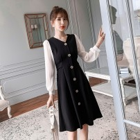 Dress Autumn of 2019 black S M L XL Mid length dress singleton  Long sleeves commute V-neck High waist Solid color Single breasted A-line skirt routine Others 25-29 years old Type A Cherry and lemon Korean version Splicing 955# More than 95% other Other 100.00% Pure e-commerce (online only)