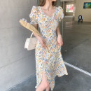Dress Summer 2021 Floral skirt S,M,L,XL Mid length dress singleton  Short sleeve commute V-neck High waist Broken flowers Socket A-line skirt puff sleeve 18-24 years old Type A Retro Chiffon