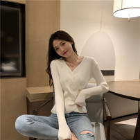 Wool knitwear Autumn 2020 Average size Black, white, brick red, khaki Long sleeves singleton  Socket other 30% and below Regular routine commute Self cultivation V-neck routine Solid color Socket Retro 18-24 years old