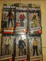 Doll / Ornament / hardware doll goods in stock Governor old man knife woman Carol zombie Sheriff Rick Abraham bulk crossbow man box crossbow man Movies U.S.A 15 cm high PVC a dead-alive person Collect landscape ornaments and desktop ornaments The joints are movable Macfarlane