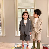 Suit / Blazer grey , Off white check 90cm,100cm,110cm,120cm,130cm,140cm Other / other currency There are models in the real shooting Korean version spring and autumn Solid color Single breasted routine cotton Class B Cotton 95% other 5% Cotton liner