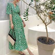 Dress Spring 2021 Picture color 1 navy blue, picture color 2 green (anchor recommended color) Average size W20210414-0010
