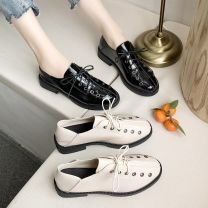 Low top shoes 35,36,37,38,39 Other / other Black [single], beige [single] Round head Patent leather Thick heel Middle heel (3-5cm) Deep mouth PU Autumn of 2019 Frenulum Korean version Adhesive shoes Solid color rubber Single shoes Cross strap, thin strap combination cloth A19CDYEN1916Q
