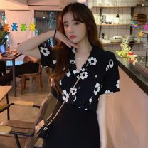 Women's large Summer 2020 Black and white shirt singleton  commute Straight cylinder moderate Socket Short sleeve Decor Korean version Polo collar routine polyester Three dimensional cutting routine Xin Linqian 18-24 years old Button Other 100% Pure e-commerce (online only)