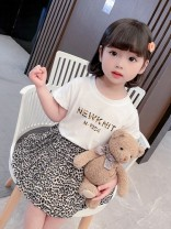 suit Dalio Picture color 80cm 90cm 100cm 110cm 120cm 130cm female summer Korean version Short sleeve + skirt 2 pieces routine There are models in the real shooting Socket nothing Leopard Print cotton elder Expression of love Summer 2021 Chinese Mainland Zhejiang Province Huzhou City