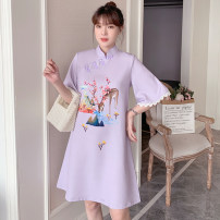 cheongsam Summer 2021 M L XL 2XL 3XL 4XL Purple cheongsam dress Long sleeves Short cheongsam grace No slits daily Oblique lapel Animal design 18-25 years old Embroidery XHA-4F033-5001 Hin coast cotton Cotton 96% other 4% Pure e-commerce (online only) 96% and above
