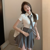 Fashion suit Summer 2021 S M T-shirt + Tie skirt suit 18-25 years old Thousands of red clouds XYZ13043# 96% and above polyester fiber Other polyester 95% 5% Pure e-commerce (online only)