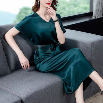Dress Summer 2021 blackish green S M L XL 2XL 3XL 4XL Mid length dress Short sleeve V-neck middle-waisted Solid color other other other 18-24 years old Mu Yixin XBH6537 More than 95% other other Other 100%